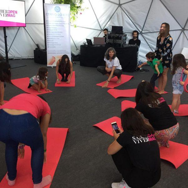 Yoga para pais e filhos, com Mariana Vilas